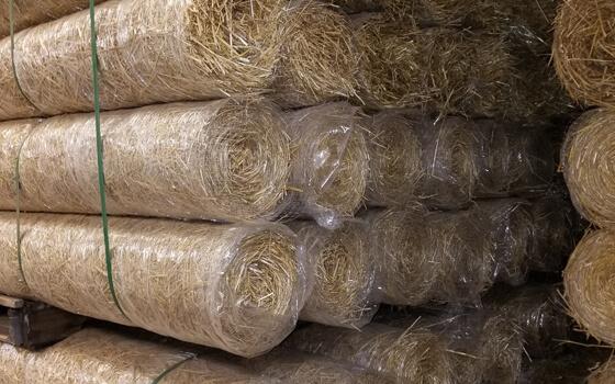 double-net-straw-blanket
